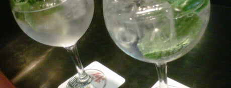 La Ruleta Gin Tonic Bar Madrid is one of Madrid Gourmand.