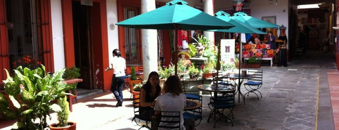 Café Los Cuiles is one of Oaxaca.