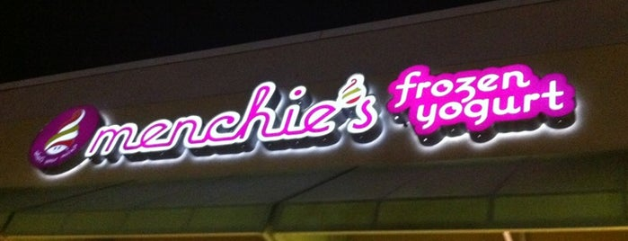 Menchie's is one of Star Wars Celebration VI.