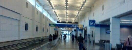 디트로이트 메트로폴리탄 웨인 카운티 국제공항 (DTW) is one of International Airport Lists (2).
