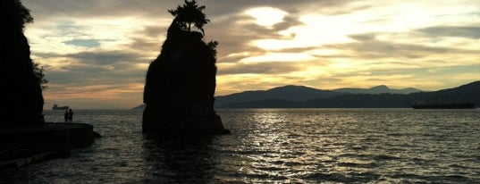 Siwash Rock is one of Favorite Spots in Vancouver.
