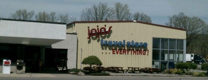 Truck World Mall is one of Ingrid 😜'ın Kaydettiği Mekanlar.