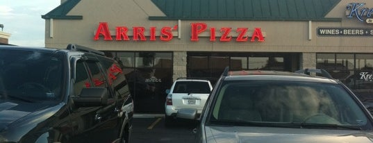 Arris' Pizza is one of Springfield Joints.