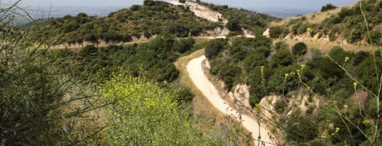 Claremont Five Mile Loop Wilderness Trail is one of Hiking - LA - South Bay - OC - etc..
