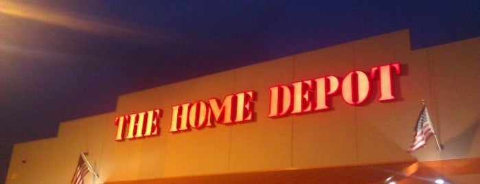 The Home Depot is one of Orte, die David gefallen.