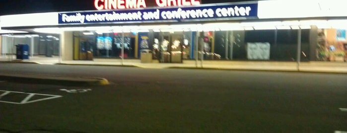 New Hope Cinema Grill is one of Activities.