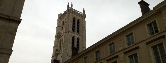 Lycée Henri IV is one of Paris.