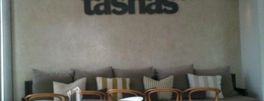 tashas is one of Lugares favoritos de Lillian.