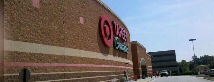 Target is one of Lugares favoritos de Stephen.