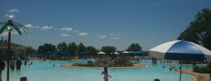 Manorhaven Beach Pool is one of Sunday Funday.