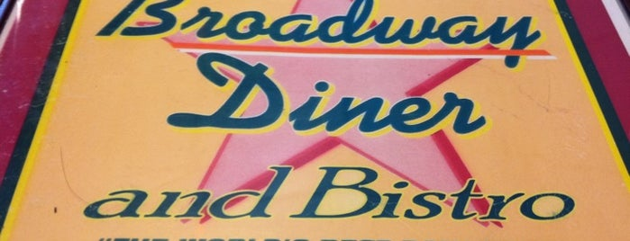 Broadway Diner and Bistro is one of Lizzie 님이 저장한 장소.