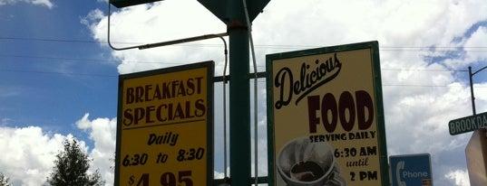 Evergreen Cafe is one of Dawn'ın Beğendiği Mekanlar.