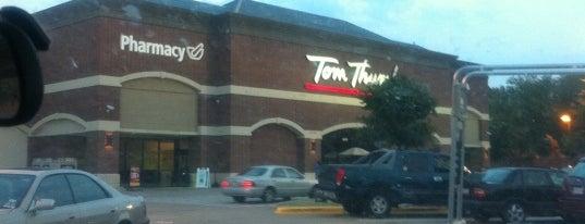 Tom Thumb is one of Tempat yang Disukai Trey.