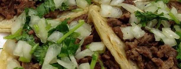 King Taco Restaurant is one of Locais curtidos por Michael.