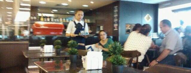 São Braz Coffee Shop is one of Orte, die Ricielle gefallen.