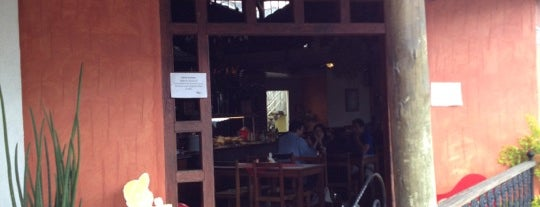 Cantina da Nâna is one of สถานที่ที่ Thiago ถูกใจ.