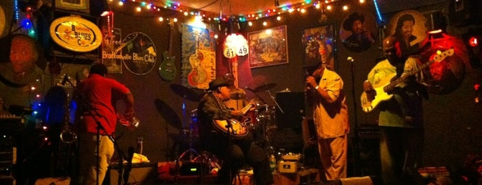 Bradfordville Blues Club is one of Lugares favoritos de Tracey.
