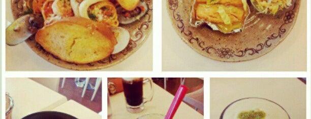 Bubble Tea is one of Tomas Morato - Timog Hangouts.