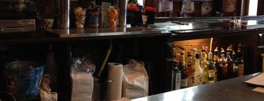 General Poor's Tavern is one of Denise D.'ın Kaydettiği Mekanlar.