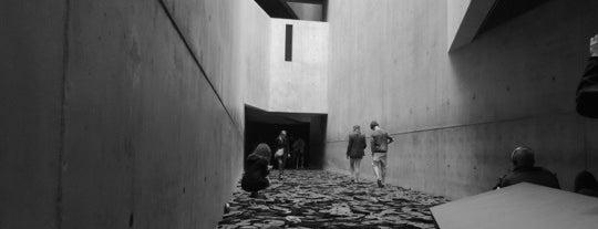 Museo Judío de Berlín is one of Funky Berlin.