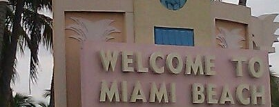 Welcome To Miami Beach Sign is one of John 님이 좋아한 장소.