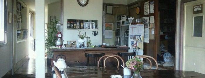 夏への扉 is one of 多摩地区お気に入りカフェ&レストラン.