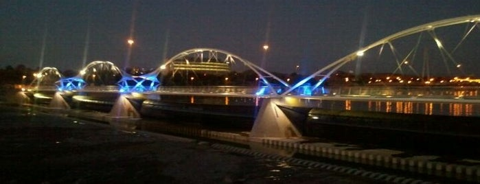 Tempe Town Lake is one of Must Visit - Phoenix / Valley.