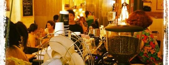 Coutume Café is one of Les 400 lieux branchés de Paris : Boire.