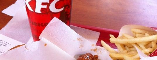 KFC is one of Tempat yang Disukai Pitufry.