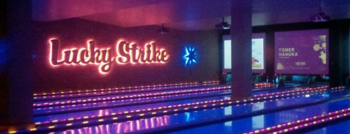 Lucky Strike New York is one of NYC Bar Hopping.