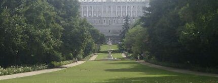 Campo del Moro is one of 101 sitios que ver en Madrid antes de morir.