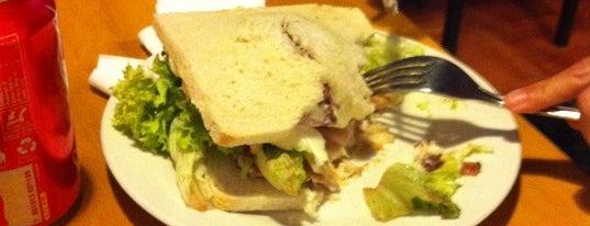 """DoceTrece Schop & Sandwich is one of La """"Feria del Sánguche"""" todo el año."""