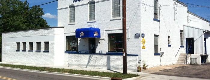 Stevens Point Brewery is one of Tempat yang Disukai Bert.