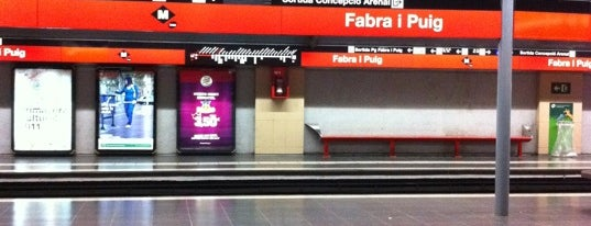 METRO Fabra i Puig is one of Locais curtidos por Rafael.