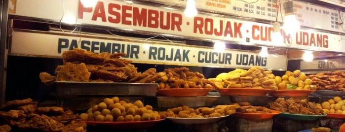 Gurney Drive Famous Pasembur Stall 9 is one of Penang | Eats.