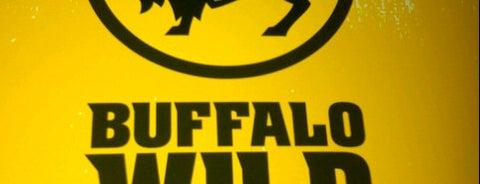 Buffalo Wild Wings is one of Mikeさんのお気に入りスポット.
