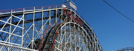 The Cyclone is one of Must Ride Roller Coasters.