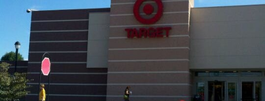 Target is one of Locais curtidos por George.
