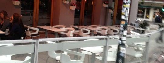 Café Con Bar is one of Orte, die Алла gefallen.