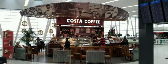 Costa Coffee is one of Lugares favoritos de Can.