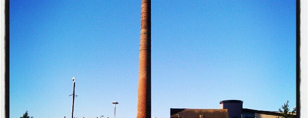 The Tall Chimney is one of Tyler 님이 좋아한 장소.