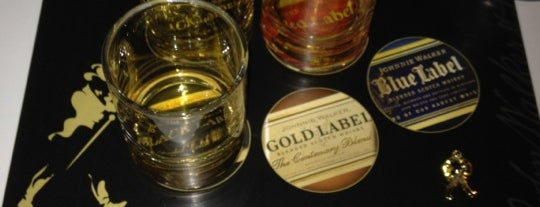 Johnnie Walker House of Walker Experience Dallas is one of Locais salvos de Kat.
