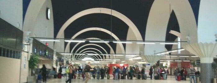 Aeropuerto de Sevilla (SVQ) is one of Part 2~International Airports....
