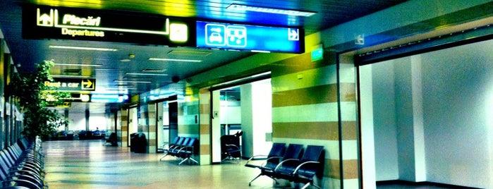 Terminal Plecări (International Departures) is one of Lieux qui ont plu à Ralf.
