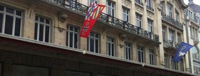 Galeries Lafayette - Corner Cosmoparis is one of สถานที่ที่ Ana Beatriz ถูกใจ.