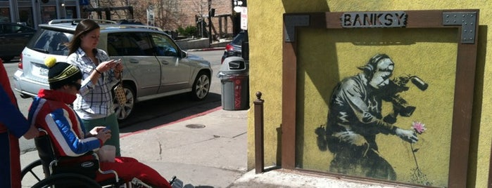 Banksy Mural is one of สถานที่ที่บันทึกไว้ของ MISSLISA.