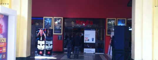 Cine Hoyts is one of Cines en Santiago.
