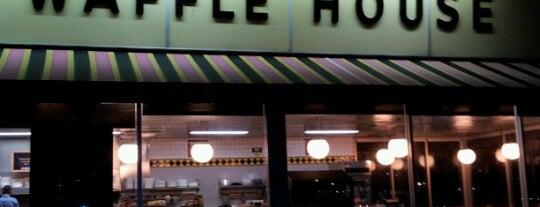 Waffle House is one of Laissez'in Beğendiği Mekanlar.