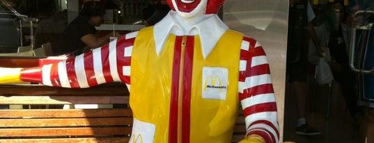 McDonald's is one of Lieux qui ont plu à Winda.