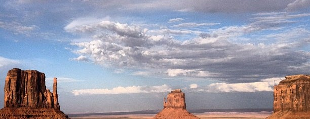 Monument Valley is one of Historic Route 66.